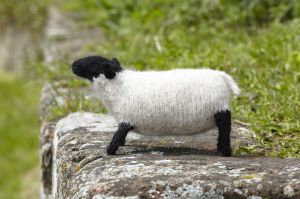 knitted_farm_sheep_600